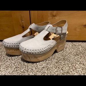 Brand new free people Clogs